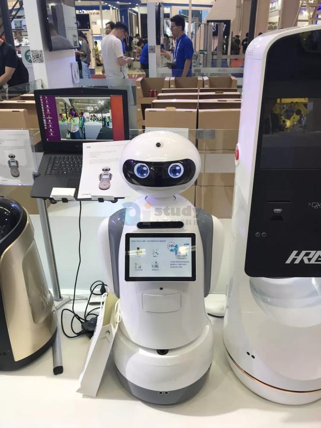 教育的好帮手——STEAM教育机器人