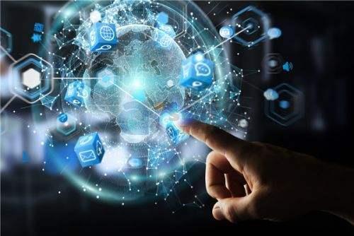 人工智能在通信、 金融 、教育、驾驶、零售等行业的应用呈现多点开花局面