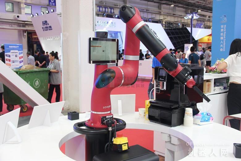 机器人产业需要避免盲目扩张和低水平的重复建设