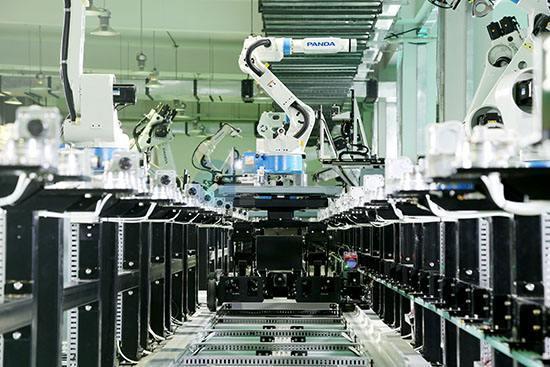 南京熊猫拟退局,宗庆后入局,2019年机器人企业将何去何从?