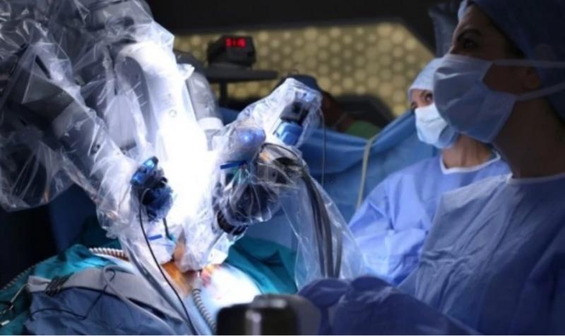 深网   机器人进入手术室,悬壶济世的时代来临?