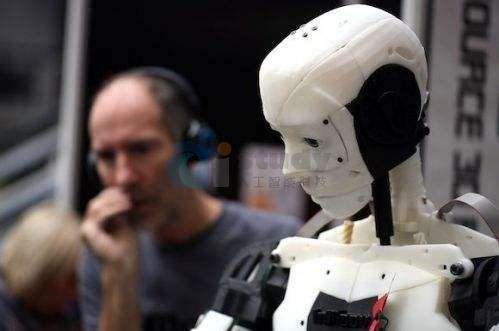 人工智能可以有理智,但不可能有真正的情感,万一有了呢?