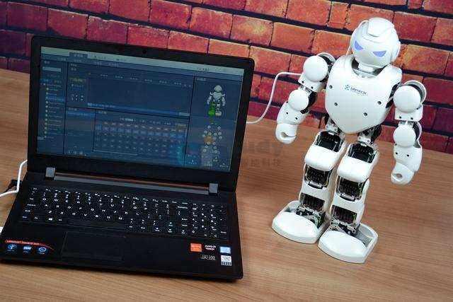 机器人编程教育居然有这么多好处,宝爸宝妈们,你们知道吗?